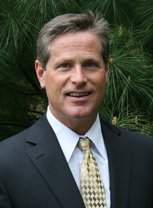 Chiropractor Westerly RI Robert Campbell